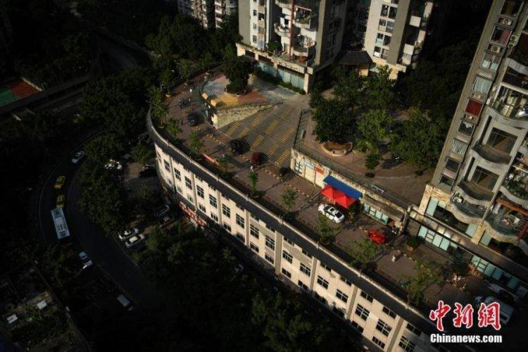Chongqing-building2-750x500